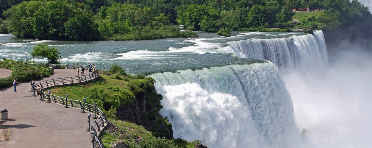 Niagara Falls em Ontario, Canada